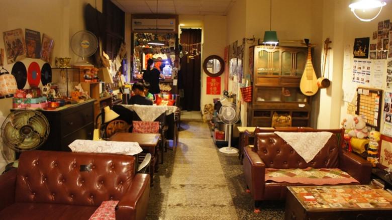 台北市中正區 誇張古董咖啡廳40