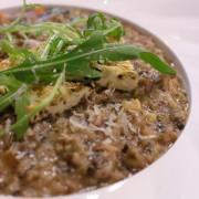 【台北南港食記】高仰三廚房 - 義式蔬食(南港車站店)。全新改裝全新菜單,有著亮眼的西餐蔬食