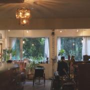 台北不限時咖啡廳 樓上的嬉皮與笑臉男|在城市裡、來到這裡做自己、幽靜代替了喧鬧~ · 算命的說我很愛吃