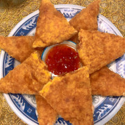 台北美食/捷運劍潭站 金蝦泰國菜 月亮蝦餅/雞肉炒芥蘭