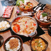 台中美食─喜愛吃海鮮鍋不吃不可🍲鮮藝精饌鍋│雞煲蟹│豪華痛風海鮮鍋