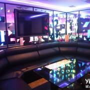 凱悅KTV新莊店新開幕!有很多其他兩大KTV唱不到的歌!平日5小時199元起超便宜!超級豪華走道跟飯店一樣很華麗!熱炒、牛肉麵都很好吃!