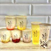 Taipei, Taiwan 沐媞茶飲果粒飲MoreTea/ 這家手搖飲超級酷😎主打的居然是#白凝露系列 ,也就是白木耳啦🤩原來飲料🥤也可以很養生🤔😝😝