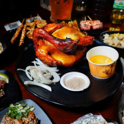 雞老闆桶仔雞長春店10週年慶 壽星免費吃雞 學生吃雞打6折 生啤酒天天買1送1 通通吃起來!