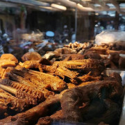 永和美食 辣么麻陶小ㄚ-麻辣滷味 藏身市場巷弄的厲害小吃 夠麻夠香來永和不包幾袋回家吃會遺憾的滷味
