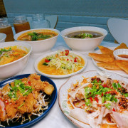 [雲泰料理] 新竹 芭芭食堂 巨城旁難得的平價餐廳 推薦酸辣泰式打拋豬飯 充滿南洋風味的椰香雞湯麵