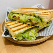【新北 三重】好好吃飯Provecho//Enjoy Your Meal 中西合併餐廳 2021新的一年從好好吃飯開始