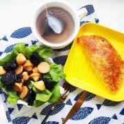 『晚餐食譜-4』台塑醬汁百搭推薦-台塑蘑菇醬變出 [蘑菇醬蔥抓餅盒]