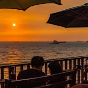 【高雄鼓山-西子灣美食景點】柴山咖啡海韻戀歌.夕陽海景配咖啡