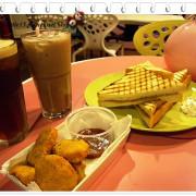 V66輕食咖啡 設有兒童遊樂區的胋心咖啡廳