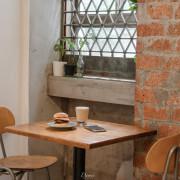 台北中山|嶼木早餐-老房裡的手工漢堡、印度烤餅,舒服吃上一份早午餐 - 大妹吃太飽