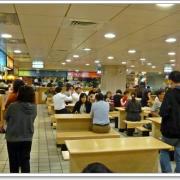 眾多平價道地的異國料理,就在西湖市場2樓美食廣場