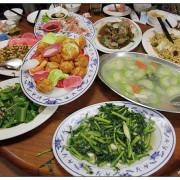 [宜蘭.美食]富哥活海產~食材新鮮.水果拼盤超高級