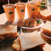 │食記│高雄/老江紅茶牛奶✨老字號的早餐店&消夜好選擇