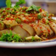 【新店美食】山東餃子館-酸菜白肉鍋海鮮料多到爆出來