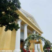 【南投。魚池】日月潭耶穌堂。黃牆白柱古典優雅的羅馬式建築。媲美海外婚禮教堂
