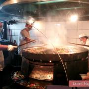 食記【台北】行天宮餐廳 唐宮蒙古烤肉酸菜白肉鍋 口味不錯環境令人卻步