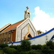 [ 台中⊙龍井]磐頂教會。船型教堂。猶如一艘航行的大船
