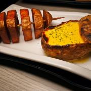 馬鈴薯版的俄羅斯娃娃,沾起司牛奶超好吃!! 燒鳥串道日式串燒-永和永貞店 永安市場居酒屋