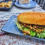 就是要吃早餐.創意熱炒麵包、呷金霸碳烤吐司 |板橋早午餐 |江子翠 ▲女子的休假計劃▼