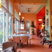 《高雄美食》鼠尾草Cafe鄉村廚坊❤庭園餐廳~自家種蔬菜、飲料、甜點,吃到飽。