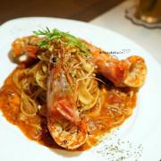 【台中.西區】PMAM-bistro.義式餐酒館,除了品嚐義大利麵和下午茶,在這用餐也可以點上一杯紅酒小酌,就是要讓您有身處國外餐廳的感覺(近SOGO、勤美商圈)