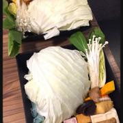 [永和][餐點多多]沸騰 Boiling Shabu Shabu 《天冷來個鍋系列》來挑戰比臉還大的肉盤吧