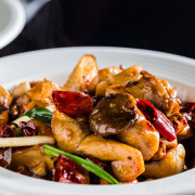 台南中西區美食 - 凸凹餐酒館 x 肚子跟眼睛都滿足的好所在