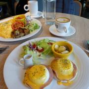 [食記] 新竹 築咖啡。在綠意圍繞裡享受假日早晨!新菜色--班乃迪克蛋、蘑菇煎蛋捲