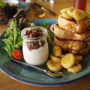 【台南早午餐-東區】正林烘焙坊|不顯眼質感小店,絕對值得一嚐的早午餐!