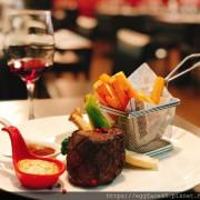 [台北美食] 令人想起初戀的餐廳「OSteak」法式牛排館 #約會牛排餐廳 #東門站