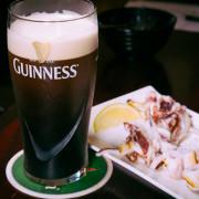 【中肯‧食記】玖杯 Κρασί‧捷運南京復興站 美式運動風飛鏢酒吧‧創意調酒‧平價串燒炸物!