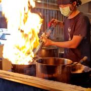 高雄左營/近高捷巨蛋站日本拉麵震撼火焰秀挑戰你的感官 挑逗你的味蕾~札幌炎神拉麵