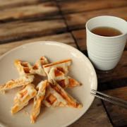 【台東-鹿野美食】紅茶.食堂.蜜香紅茶.地瓜鬆餅.泡菜三明治