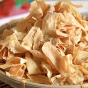 台南美食-芯芯要去【啵蒡脆餅】~原來牛蒡做的脆餅這麼好吃!兼具養生健康的新零食