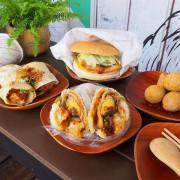 早安公雞,鄉村風新裝潢,新增小米飯糰、功夫油條蛋餅,餐點選擇更豐富!
