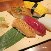 桃園 藝文特區 八條壽司~味美實在的排隊店。免出國也可感受沖繩風情