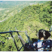 平溪「孝子山」- 挑戰心臟強度!飛簷走壁!垂直近90度峭壁x360度環山美景!