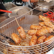 瑞芳美食/50年老店/排隊美食『阿霞龍鳳腿』糯米腸/瑞芳火車站/瑞芳美食廣場前