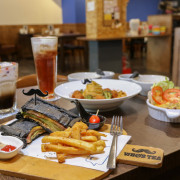 Whos Tea鬍子茶 台南府前店:蒐集世界各國口味的美食人氣連鎖餐廳 - 緹雅瑪 美食旅遊趣