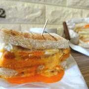 烤司院‧碳烤吐司撞到整片起士瀑布的失控感~台北早午餐的新奇景!!!