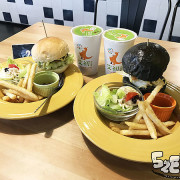 台中南屯美食早午餐》艾初早午餐菜單價位大公開!與CP值超高的竹炭黑皮堡來個約會~台中公益路必吃美食小吃餐廳推薦。
