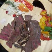 【台南】安平區 ★ Jacky Bistro預約制餐酒館 - 傑克,這裡太神奇了,來點老闆獨特的創意料理、喝點酒、放鬆一下吧~