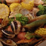 """【基隆市中正區 / 美式餐廳】來""""好日子""""一定要點的漁夫料理!!!海鮮強推!!!好日子美式餐酒館"""
