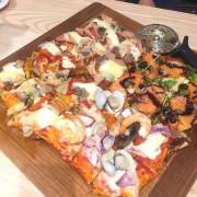 屋裡 In House 義式餐廳-科博館附近大推義式料理  超美味北義拼圖pizza  一年快閃趕緊把握!!!