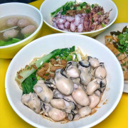 台南北區【天天意麵】新推出隱藏版「鮮蚵意麵」「小卷意麵」新鮮飽滿多汁 每日限量供應售完為止 | 小白只饗ㄔ美食