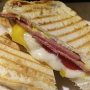 [南崁菜鳥覓食記]桃園 沙發客鬆餅~北歐風。百元有找早午餐