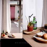 台北 時差 Jetlag,台港混血咖啡館,有香江杞子蒸雞腿與創意大理石貝果。松江南京站美食/中山區美食【男子的日常生活】