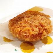 [食]台北 微風南山 銅板美食 日本人氣炸肉餅 金葉名氣餅 GoldMenchi 在台灣就可以吃的到!!