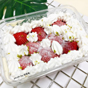 【彰化 市區】小熊菓子🐻彰化擁有多家分店的麵包烘培坊,蛋糕好吃無誤,但要照順序吃更美味,草莓可頌也令人十分喜愛,冬天一起追草莓吧 🍓🍓🍓